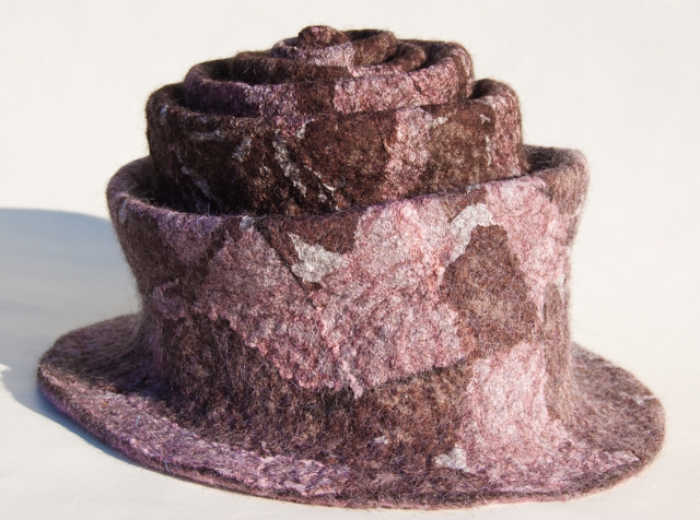 brown nuno hat