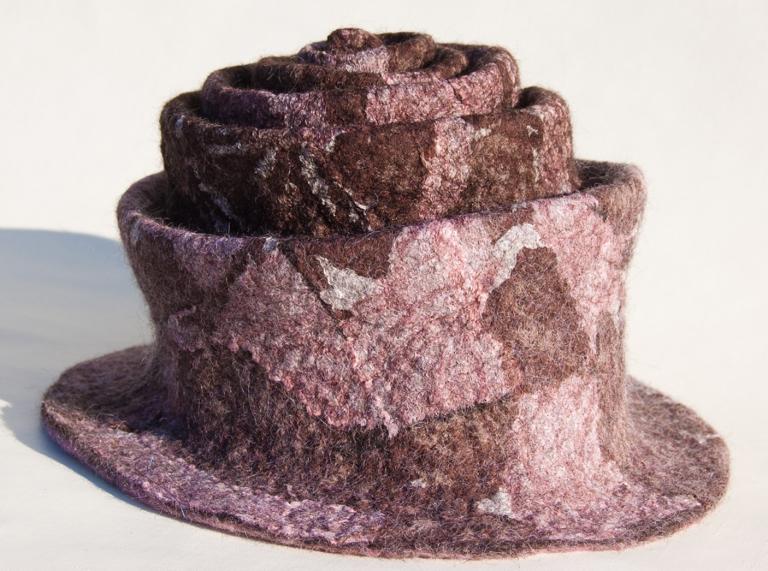 brown nuno hat