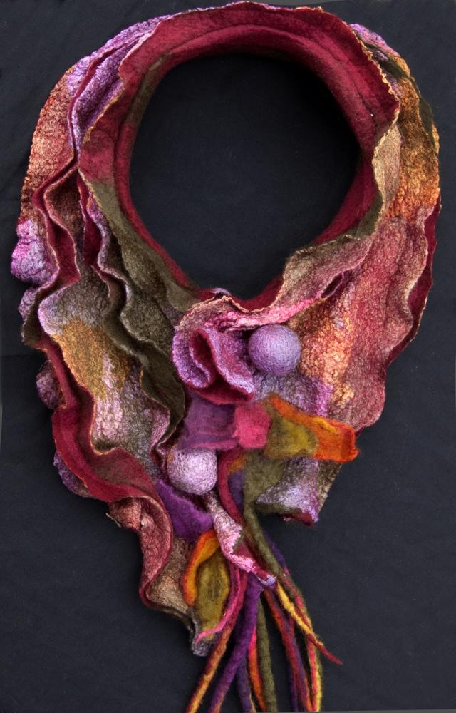 KB jewel collar copy