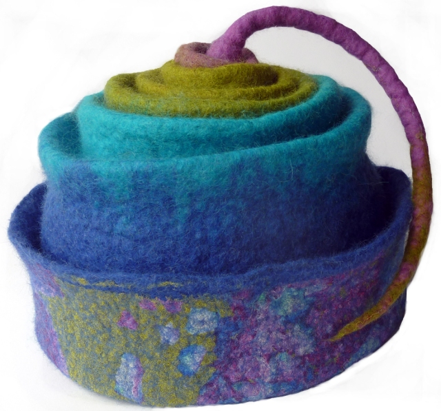 concertina rainbow